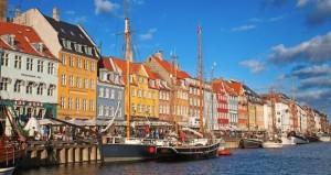 Kopenhagen_(Nyhavn_district)_Denemarken-h307b580x10y1269x22481y21584